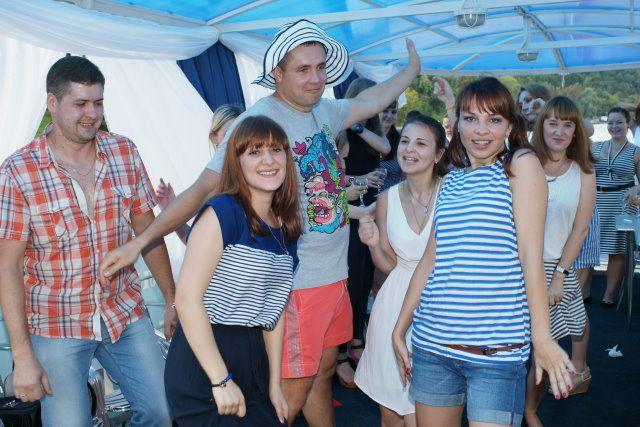 День строителя на Москве-реке