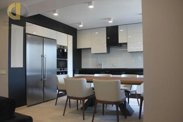 Дизайн интерьера кухни в современном стиле. Реальные фотографии