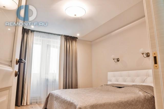 Красивые квартиры. Фото интерьера спальни в квартире Дениса Никифорова