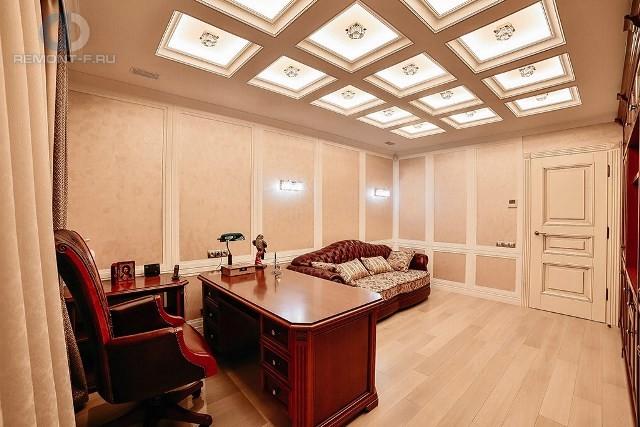 Красивые квартиры. Фото интерьера кабинета в классическом стиле