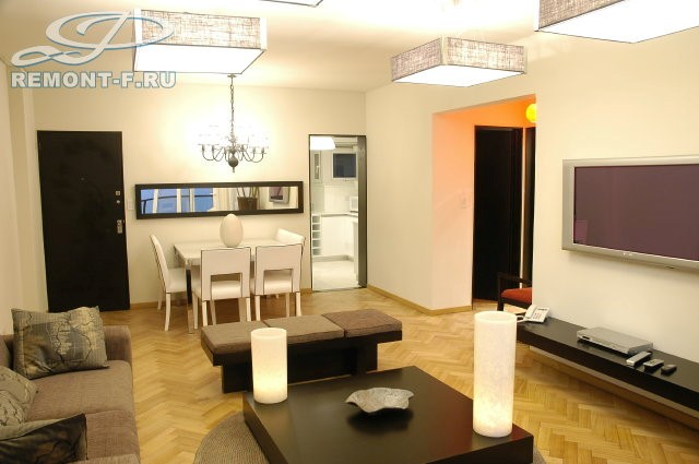 Дизайн интерьера гостиной в современном стиле. Реальные фотографии