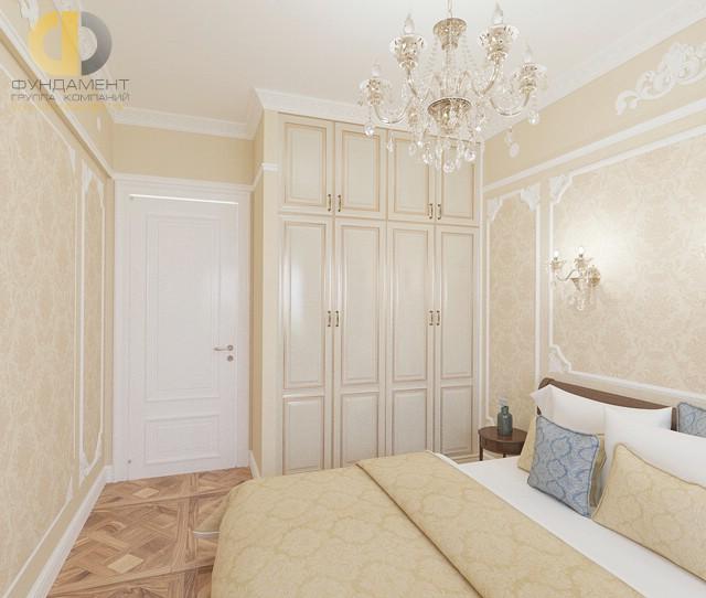 Гардеробный шкаф в интерьере классической спальни