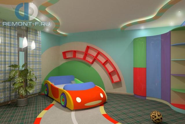 Дизайн детской для мальчика 10 кв. м с кроватью в виде машины. Фото 2017