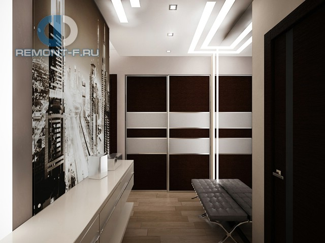 Дизайн коридора с большим зеркалом