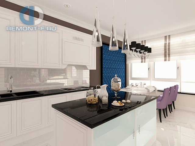Белая кухня с синими и сиреневыми колористическими акцентами