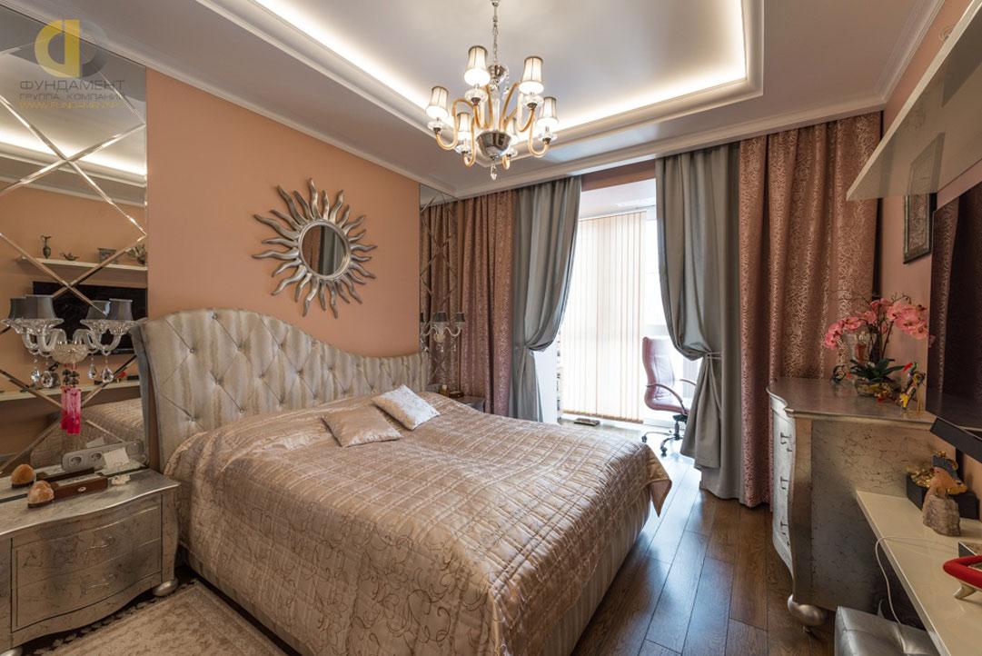 Интерьер спальни в квартире в стиле ар-деко. Реальное фото 2018