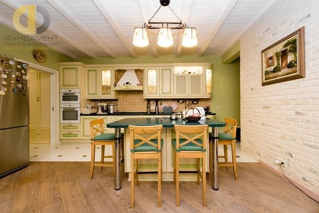 Кухня в квартире в стиле прованс. Реальная фотография после ремонта